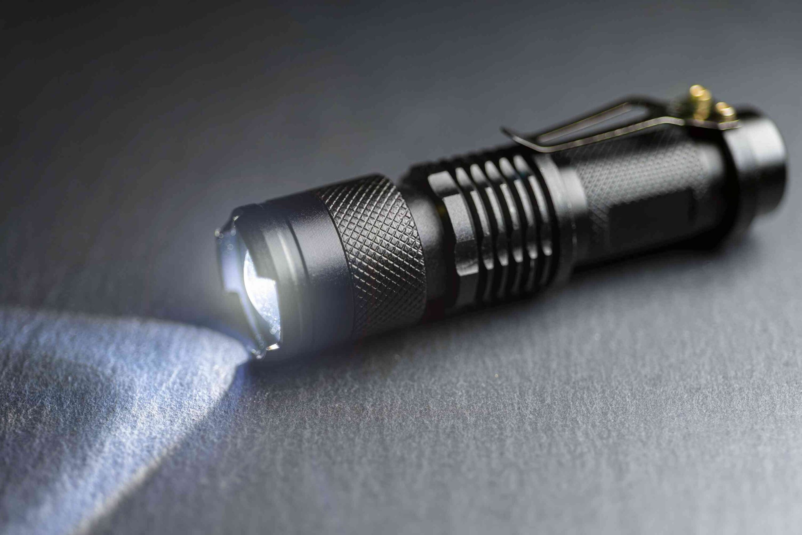 tactical waterproof flashlight led flashlight to be carried inside car