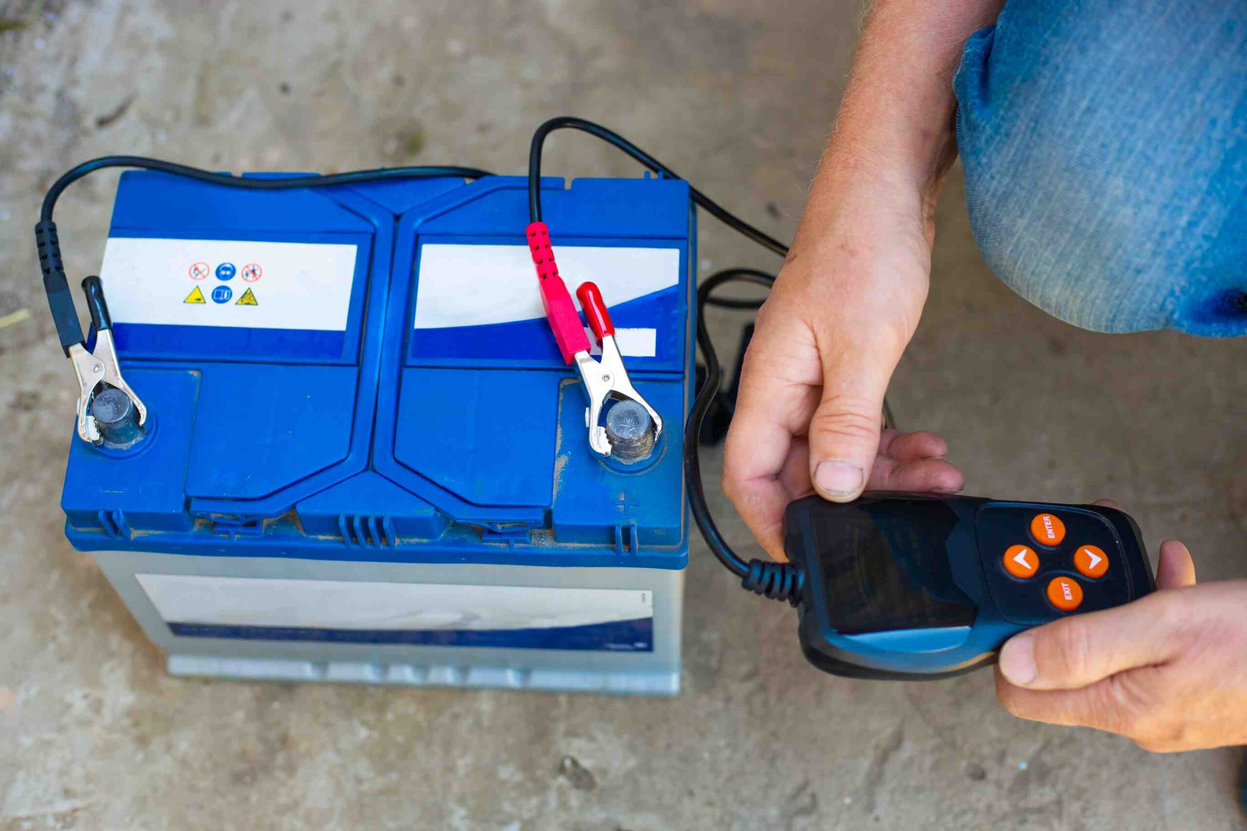Timely battery service to extend the life of car battery
