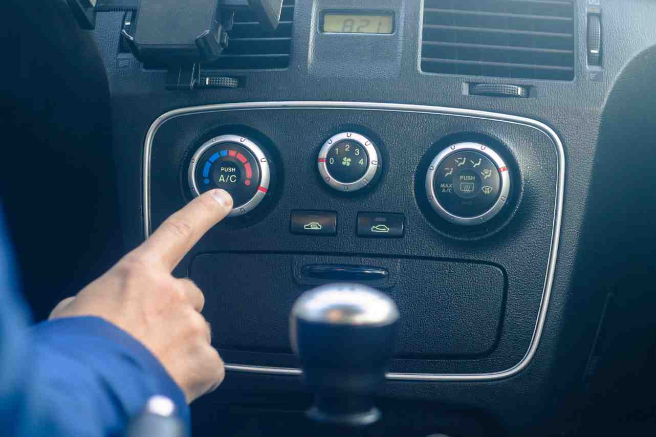 Turn off Car AC to save fuel
